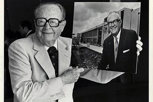 Portrait photo of Mitchell Wolfson Sr.