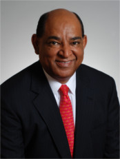 Portrait photo of Sheldon T. Anderson
