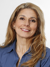 Portrait photo of Sandra Duque