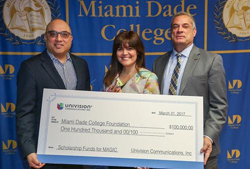 Univision MAGIC Scholarship Fund